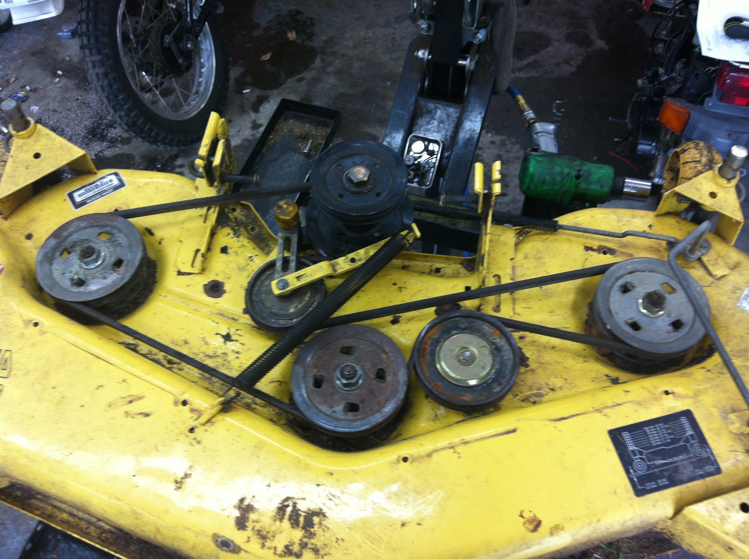 Diagram Of Belt On John Deere L130 Not Lossing Wiring Mower Simple Post Rh 29 Asiagourmet Igb De Deck L120